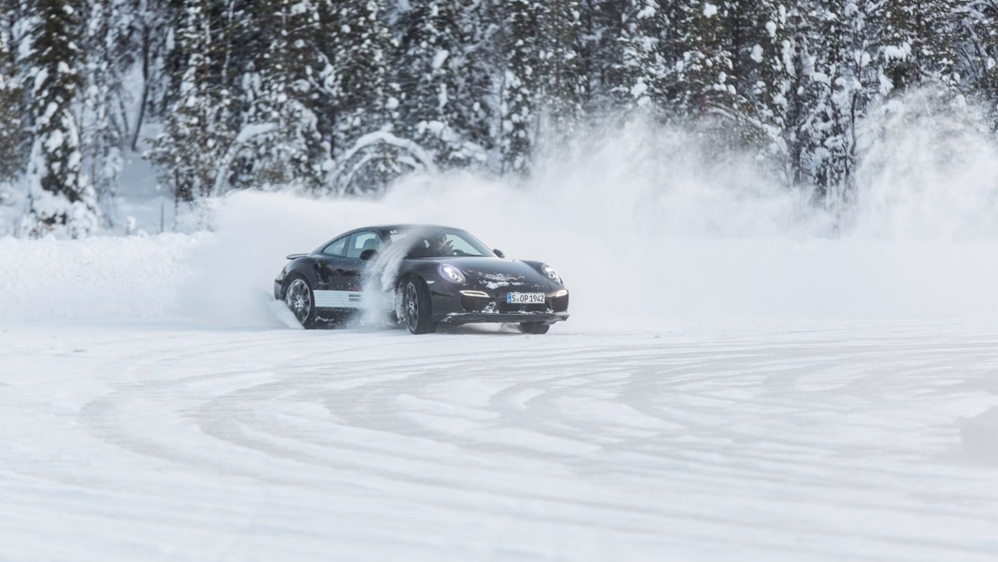 911 Turbo S, Porsche Driving Experience, Ice Force, Levi, Finnland, 2015, Porsche AG