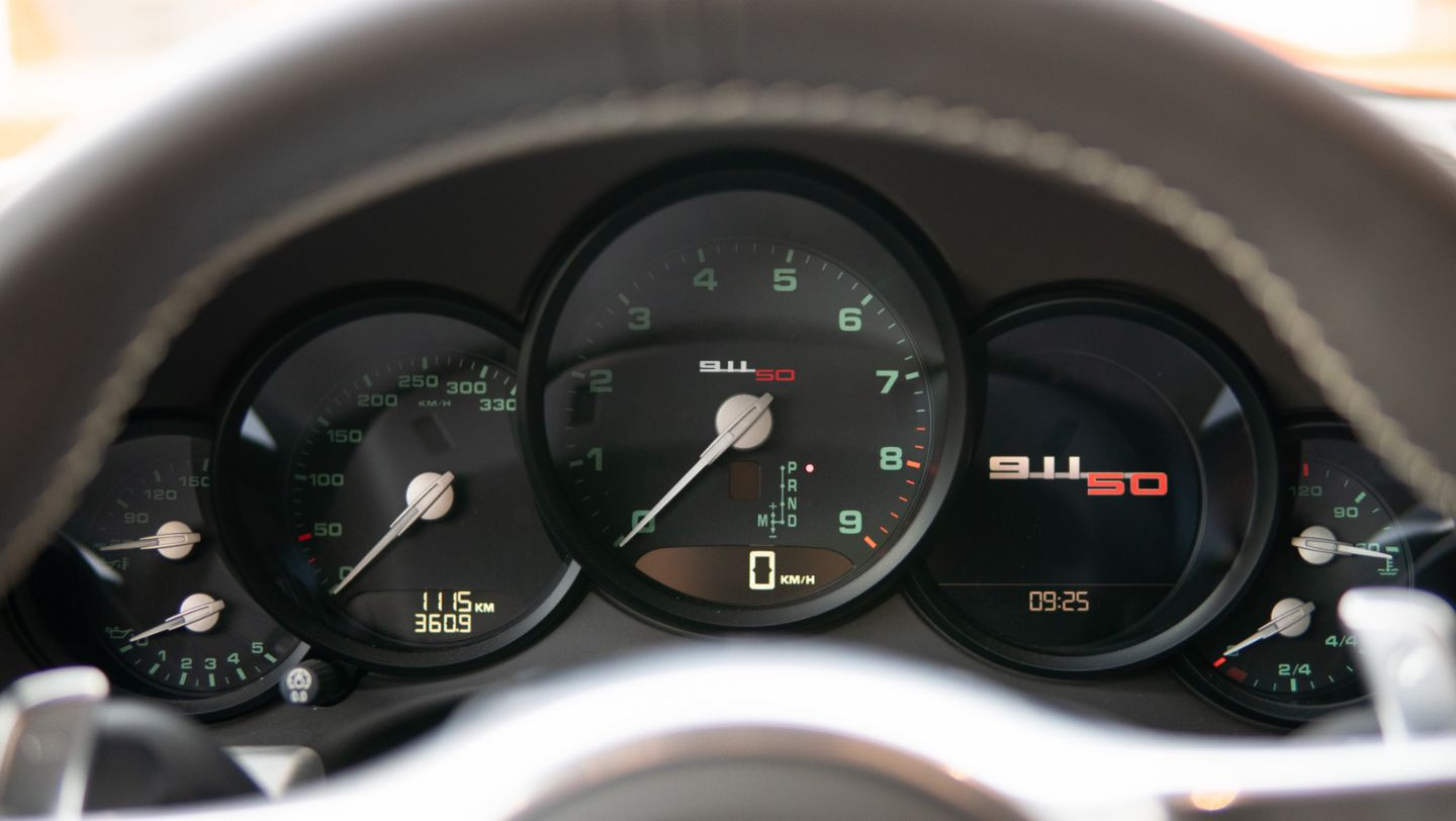 "911 Carrera S (991) ""50th Anniversary Edition"", rev counter, Porsche AG"