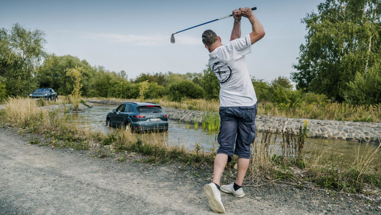 Claudio Orlik, #PorscheCrossdrive, Cayenne S, Leipzig, 2018, Porsche AG