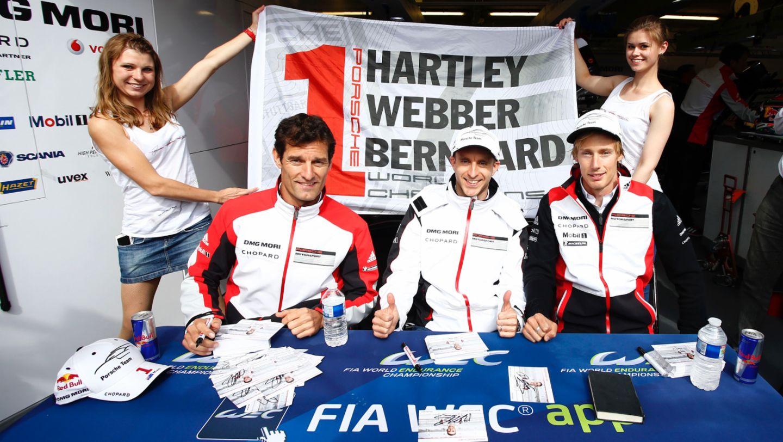 Mark Webber, Timo Bernhard, Brendon Hartley, l-r, Porsche 919 Hybrid, WEC, Le Mans, 2016, Porsche AG