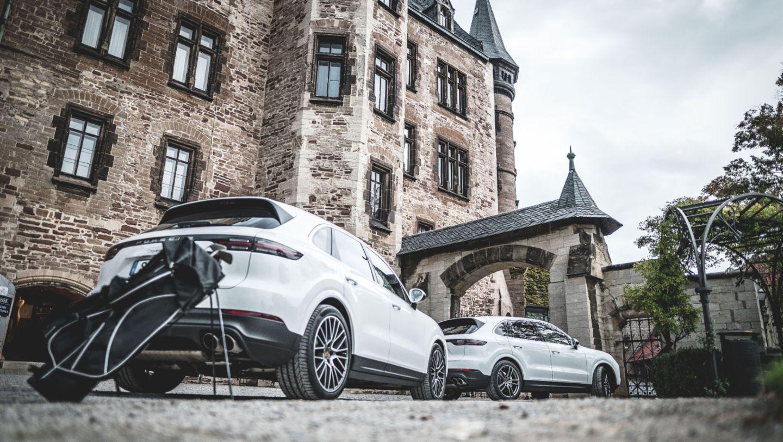 Cayenne S, #PorscheCrossdrive, Schloss Wernigerode, 2018, Porsche AG