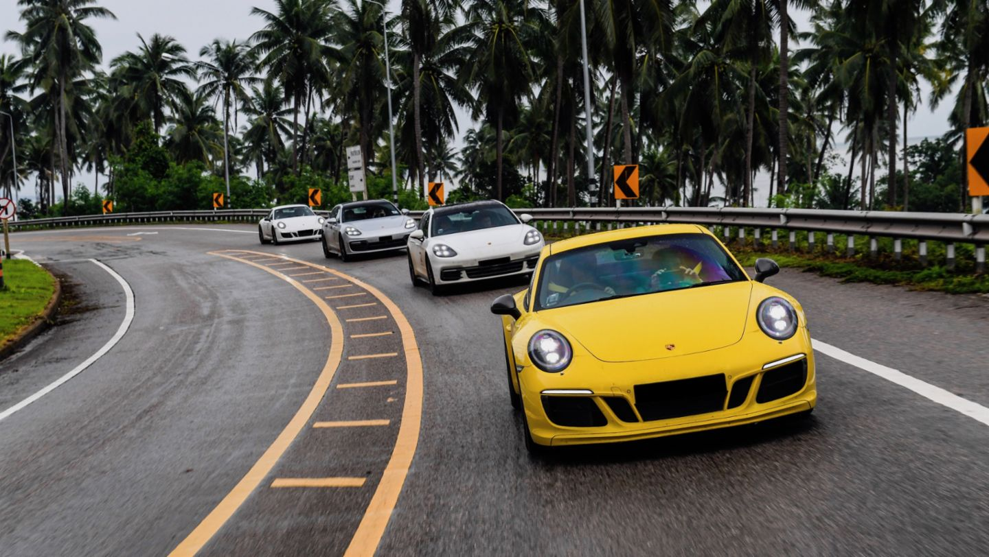 911 Carrera T, Panamera 4 Sport Turismo, Road to Sportscar Together Day, Bangkok nach Bangsaen, 2018, Porsche AG