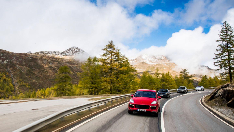 Cayenne Turbo S, Alpentour Stuttgart-Turin, 2016, Porsche AG