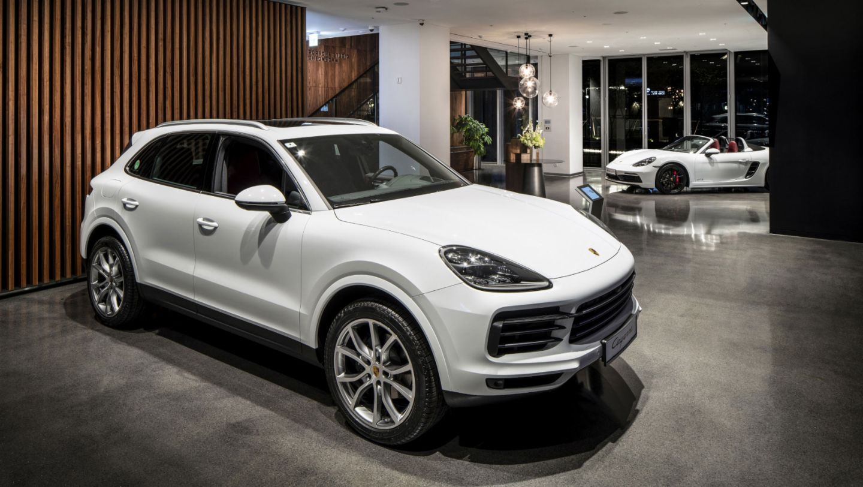Cayenne, Porsche Studio Cheongdam, Seoul, 2019, Porsche AG
