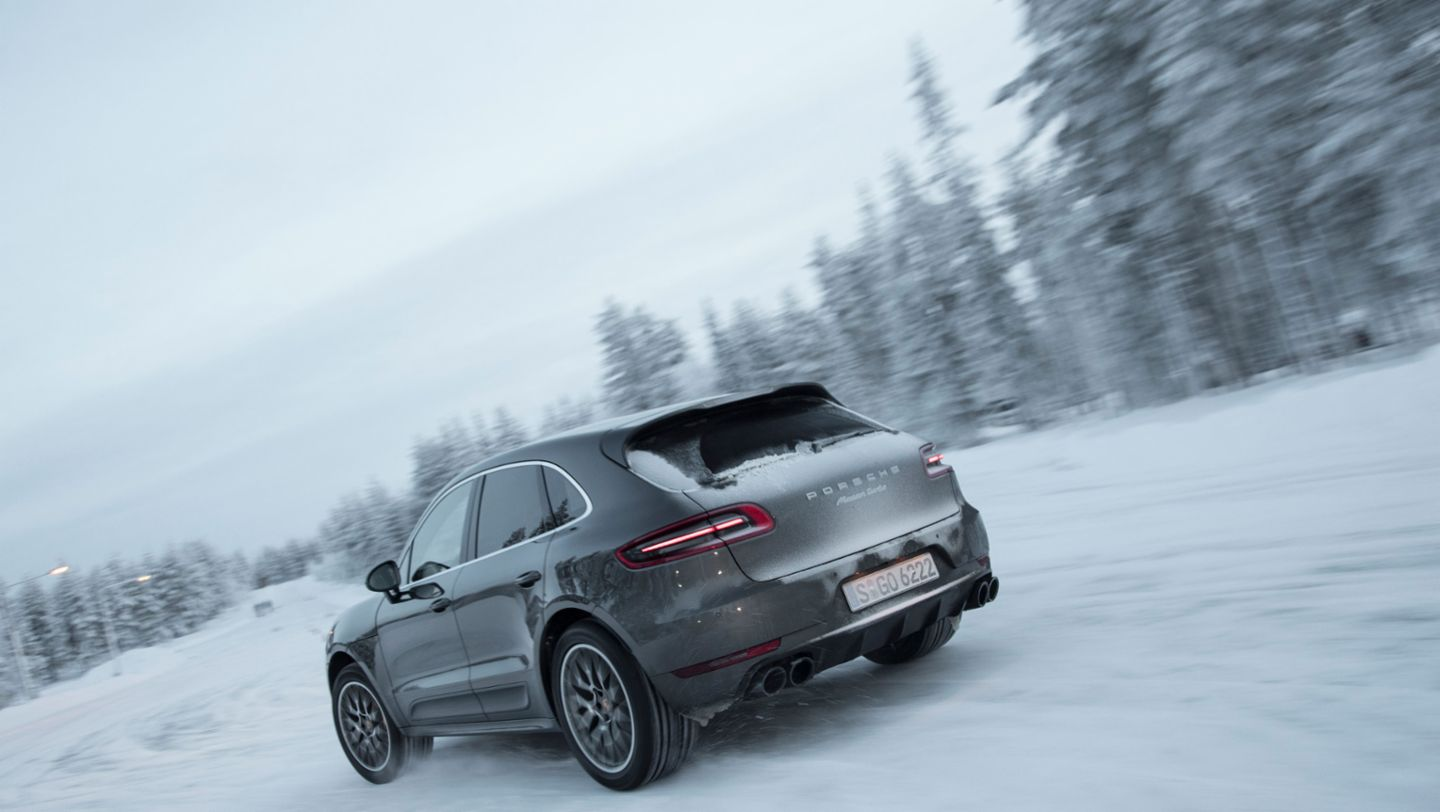 Macan Turbo with Performance Package, winter driving event, Finland, 2016, Porsche AG