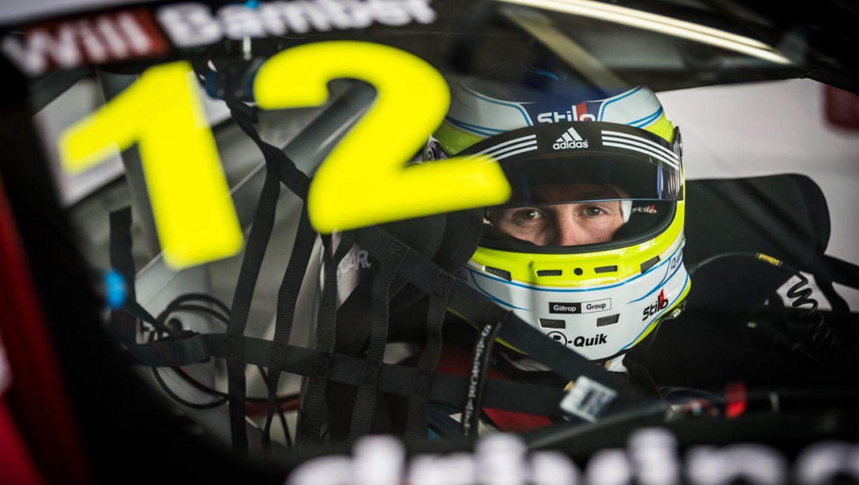 Earl Bamber Motorsport的车手威廉(Will Bamber)刷出全场最快圈速