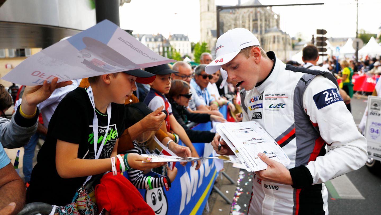 Dennis Olsen (N), Porsche GT Team, Fahrerparade, FIA WEC, Le Mans, 2019, Porsche AG