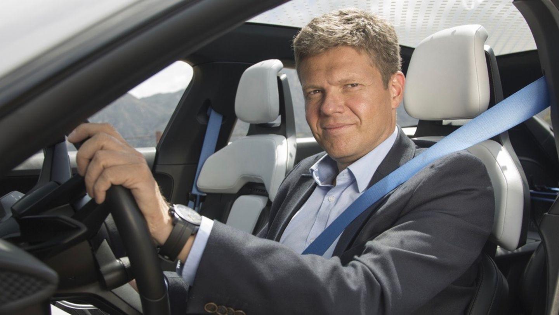 Штефан Векбах, вице-президент модельного ряда Taycan, 2019, Porsche AG
