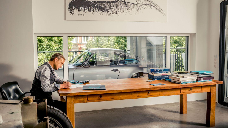 Carloft Berlin porsche 911 in a car loft