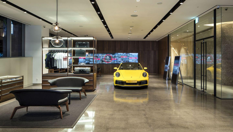 911 Carrera 4S, Porsche Studio Cheongdam, Seoul, 2019, Porsche AG