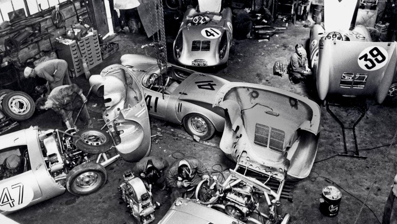 550 Spyders, garage, Teloché, Le Mans, 1954, Porsche AG