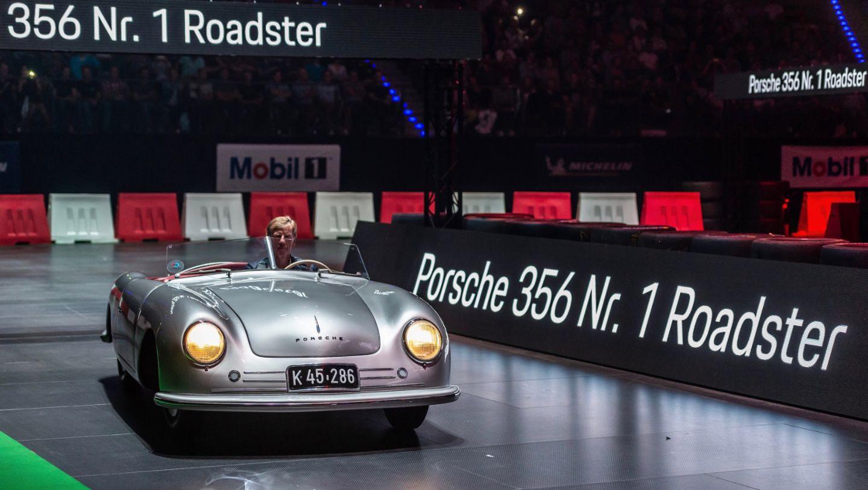 Вальтер Рерль, Porsche 356 №1 Roadster, восьмая ночь звуков Porsche Sound Nacht, Porsche Arena, 2018, Porsche AG