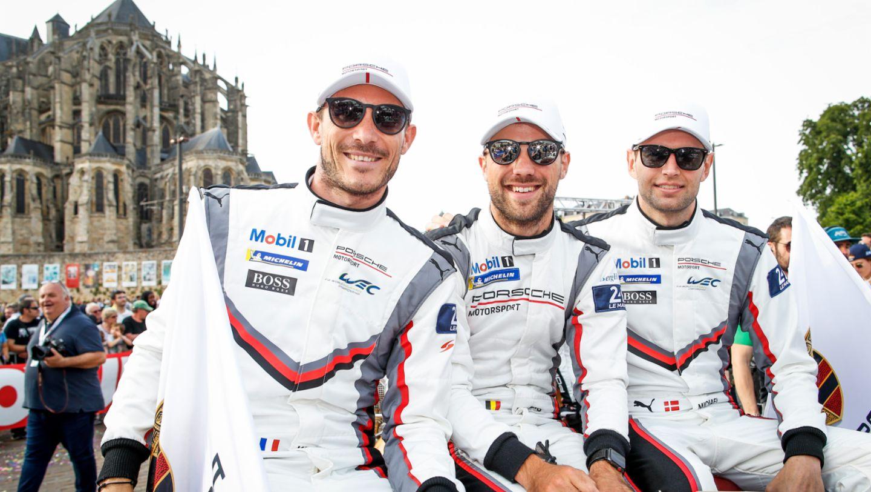 Porsche GT Team (92), Kevin Estre (F), Laurens Vanthoor (B), Michael Christensen (DK), l-r, Drivers' parade, FIA WEC, Le Mans, 2019, Porsche AG