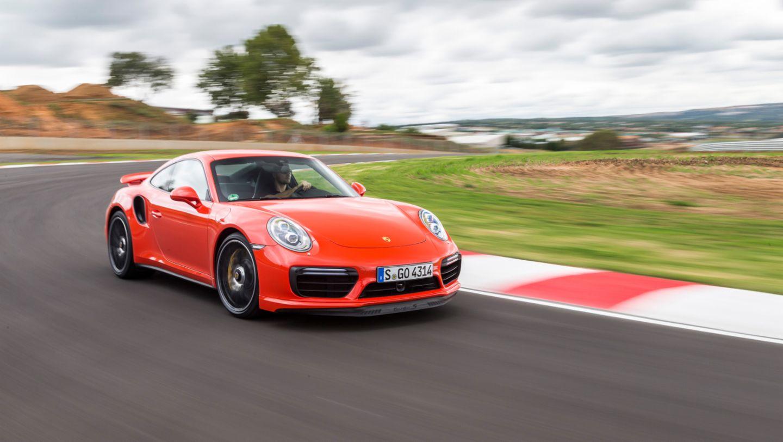 911 Turbo S, Kyalami circuit, Südafrika, Porsche AG, 2016