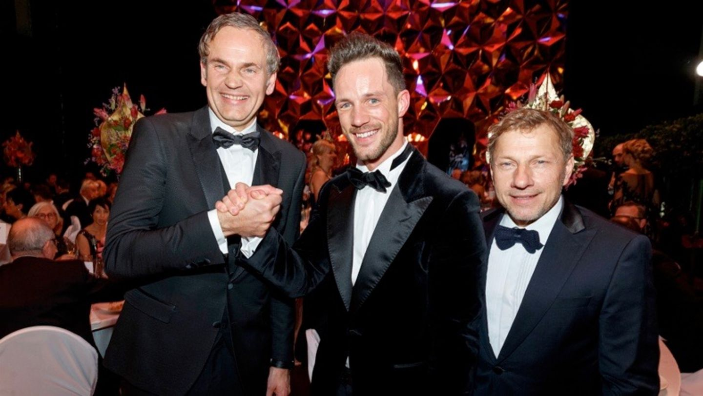 Oliver Blume, CEO Porsche AG, Magic Fox, Richy Müller, l-r, Leipzig Opera Ball, 2017, Porsche AG