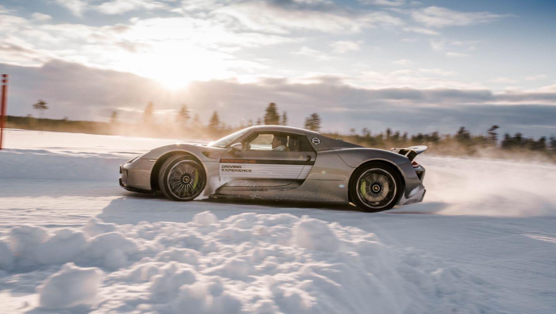 在芬兰Levi举行的保时捷凌驾风雪活动中的918 Spyder