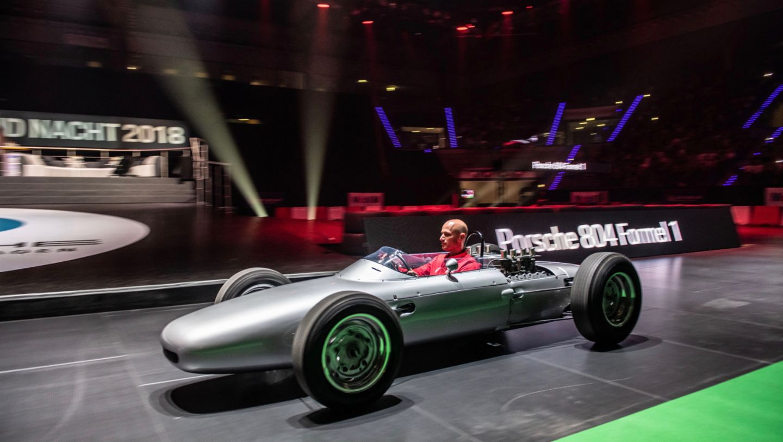 Ларс Керн, болид Porsche 804, восьмая ночь звуков Porsche Sound Nacht, Porsche Arena, 2018, Porsche AG