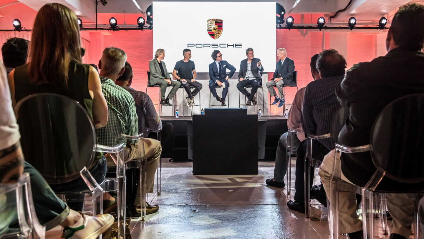 "Tony Hatter, Director of the Design Quality Style department at Porsche, Michael Prichinello, founder of the Manhattan Classic Car Club, Jay Fielden, Editor-in-Chief of the American men's magazine ""Esquire"", Rama Corpash, professor at the Parsons School of Design, Hurley Haywood, US racing legend and Porsche brand ambassador, l-r, Design Forum, New York City, 2017, Porsche AG"