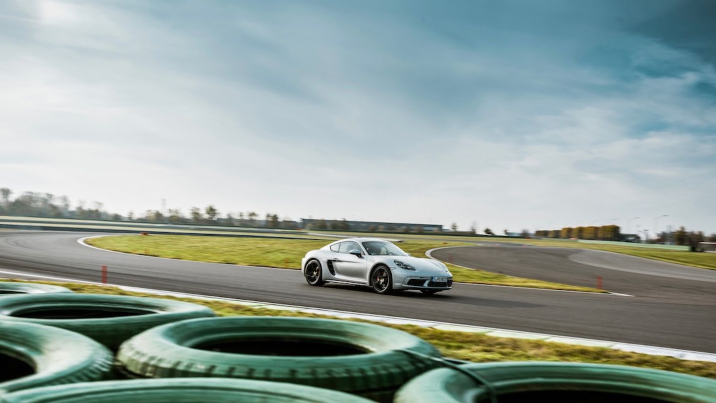 718 Cayman S, Magic Fox, test drive, Porsche Leipzig, 2017, Porsche AG
